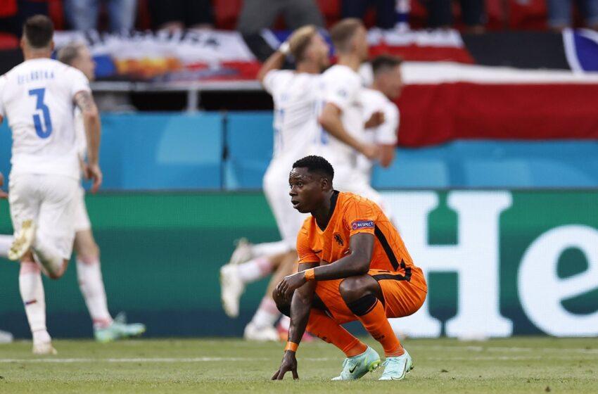 Pays-Bas 🇳🇱 0-2 🇨🇿 Rép.Tchèque : les Tops et les Flops !