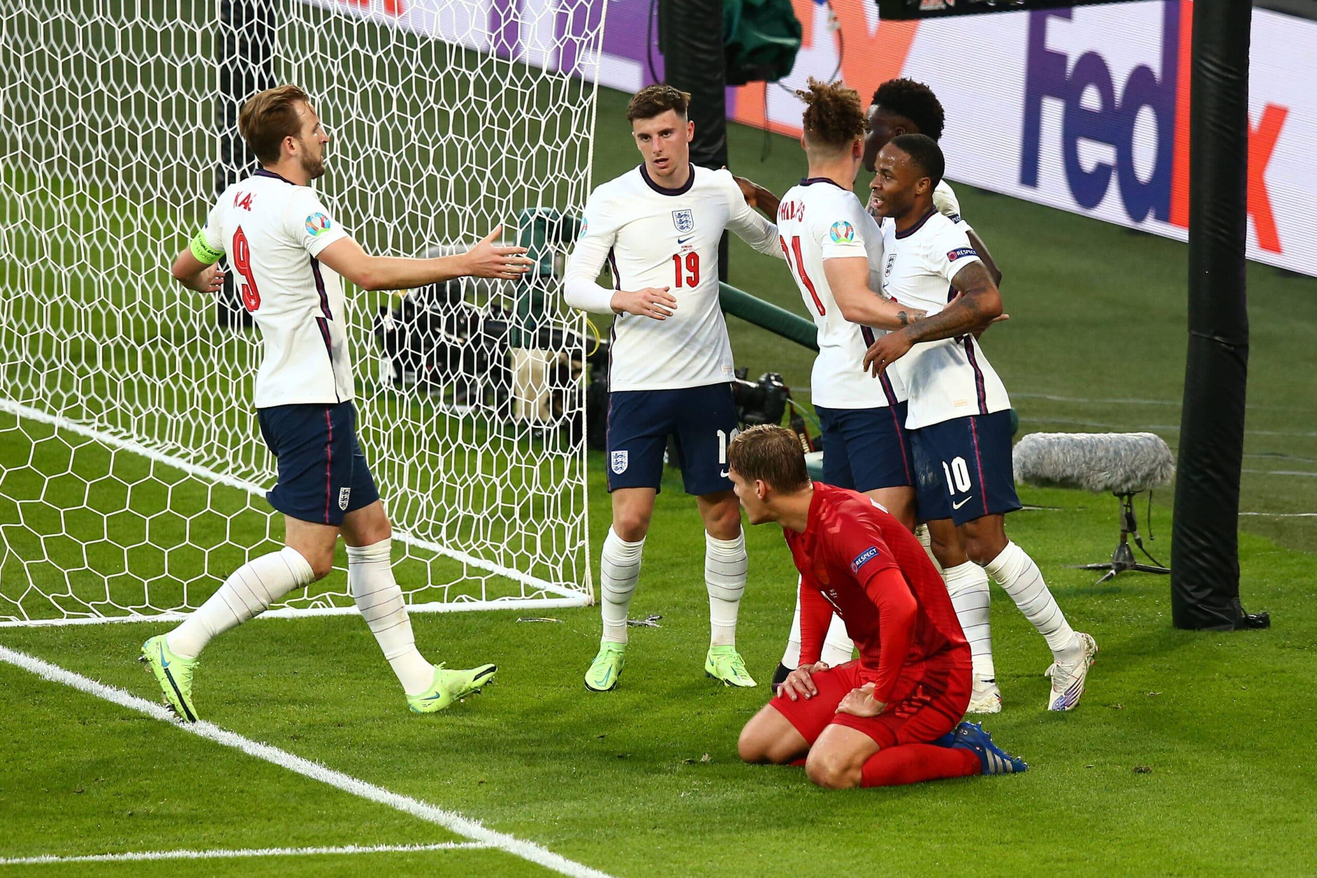 Angleterre 🏴 2-1 🇩🇰 Danemark : les Tops et les Flops !